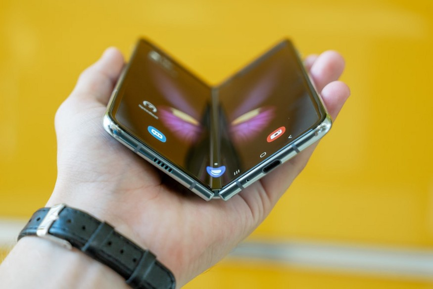 Photo of a Samsung Galaxy Fold by Mika Baumeister